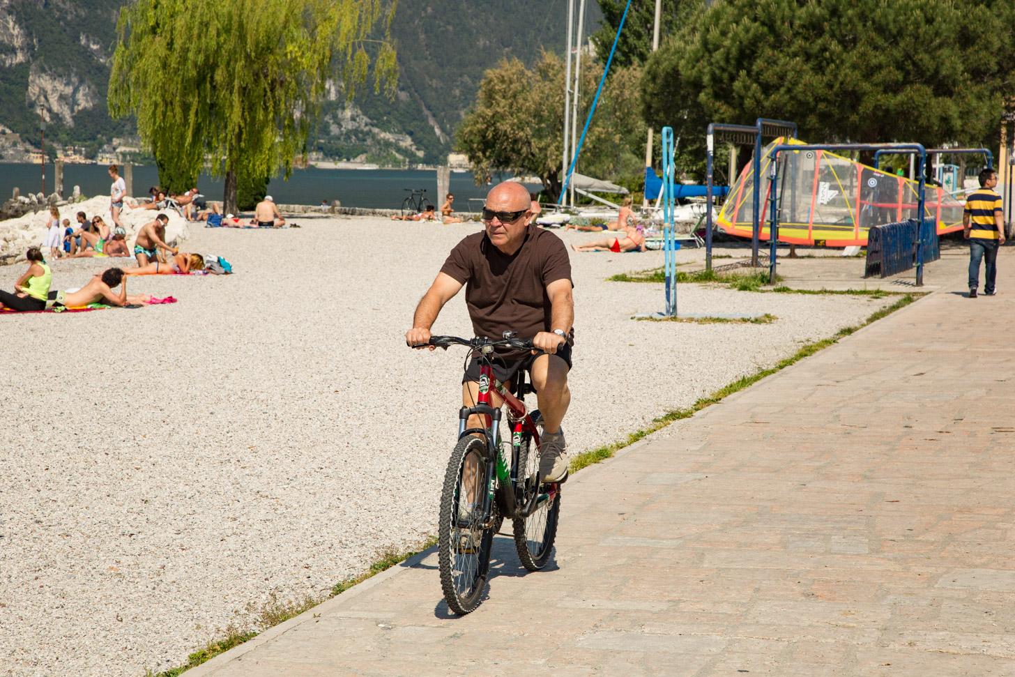 fietsen aan het Gardameer